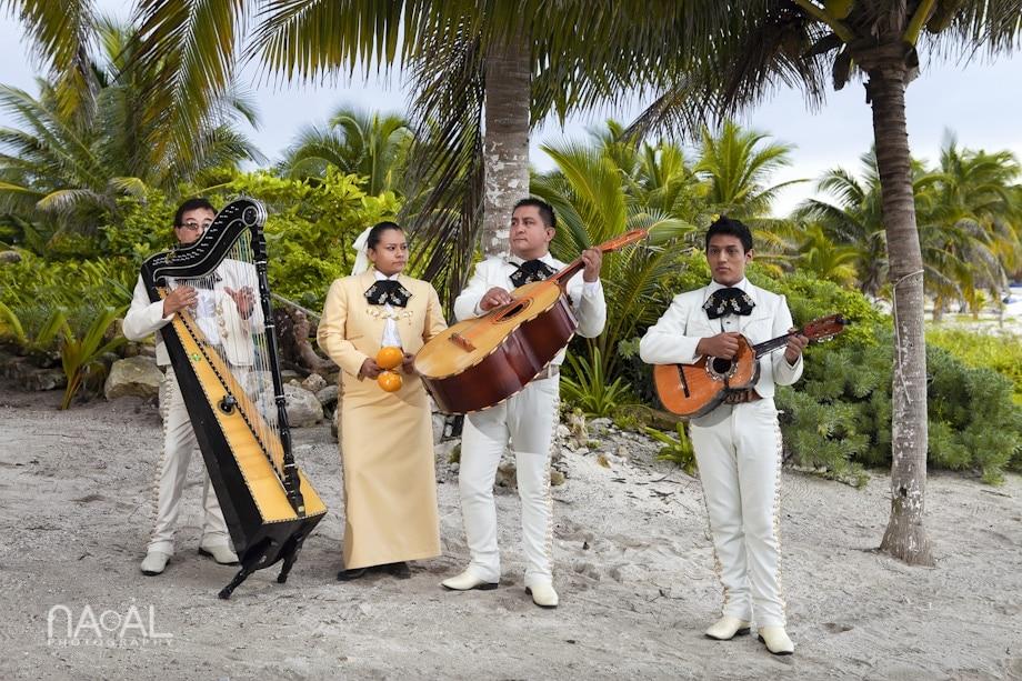 Andrea & Tobias -  - Naal Photography. Yucatan Experts 001