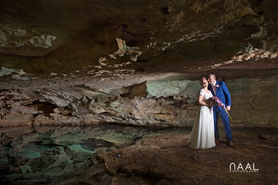cave landscapes. Trash the dress photo session by Naal Wedding Photography