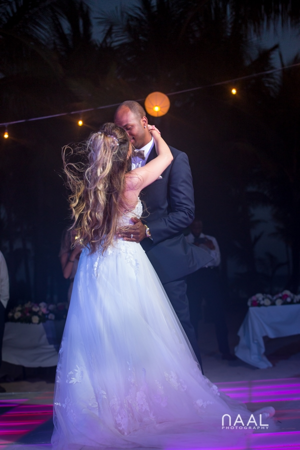 first dance at riu palace mexico destination wedding by Naal Wedding Photography