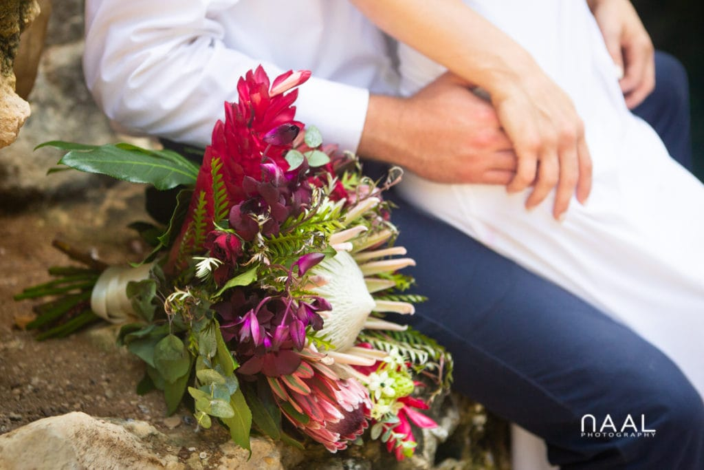 Rustic wedding bouquet for Private cenote elopement in Riviera Maya, Mexico. Naal Wedding Photography